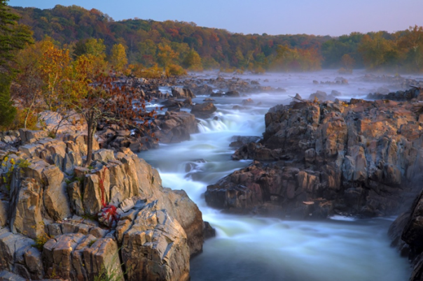 Misty Great Falls © Stephen Hung